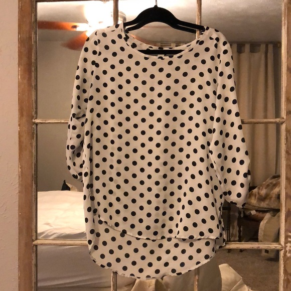 Forever 21 Tops - Black and white polka dot blouse / top